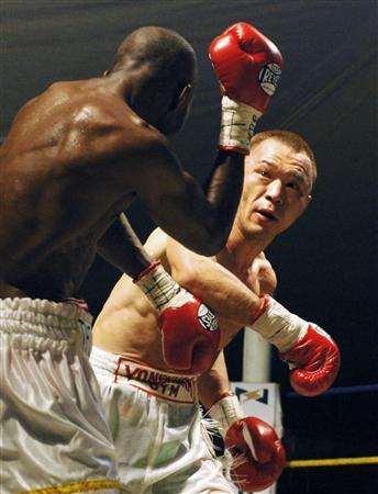 …WBA世界ライト級タイトルマッチ12回戦!パウルス・モーゼス(ナミビア)対嶋田雄大(ヨネクラ)…7月26日ナミビア・ウィントフーク