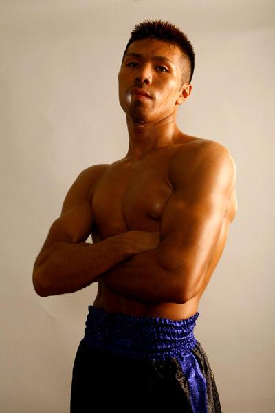 …WBA世界S・フェザー級タイトルマッチ/王者ファン・カルロス・サルガド(メキシコ)VS(同級3位)内山 高志(ワタナベ)…1月11日・東京ビッグサイト